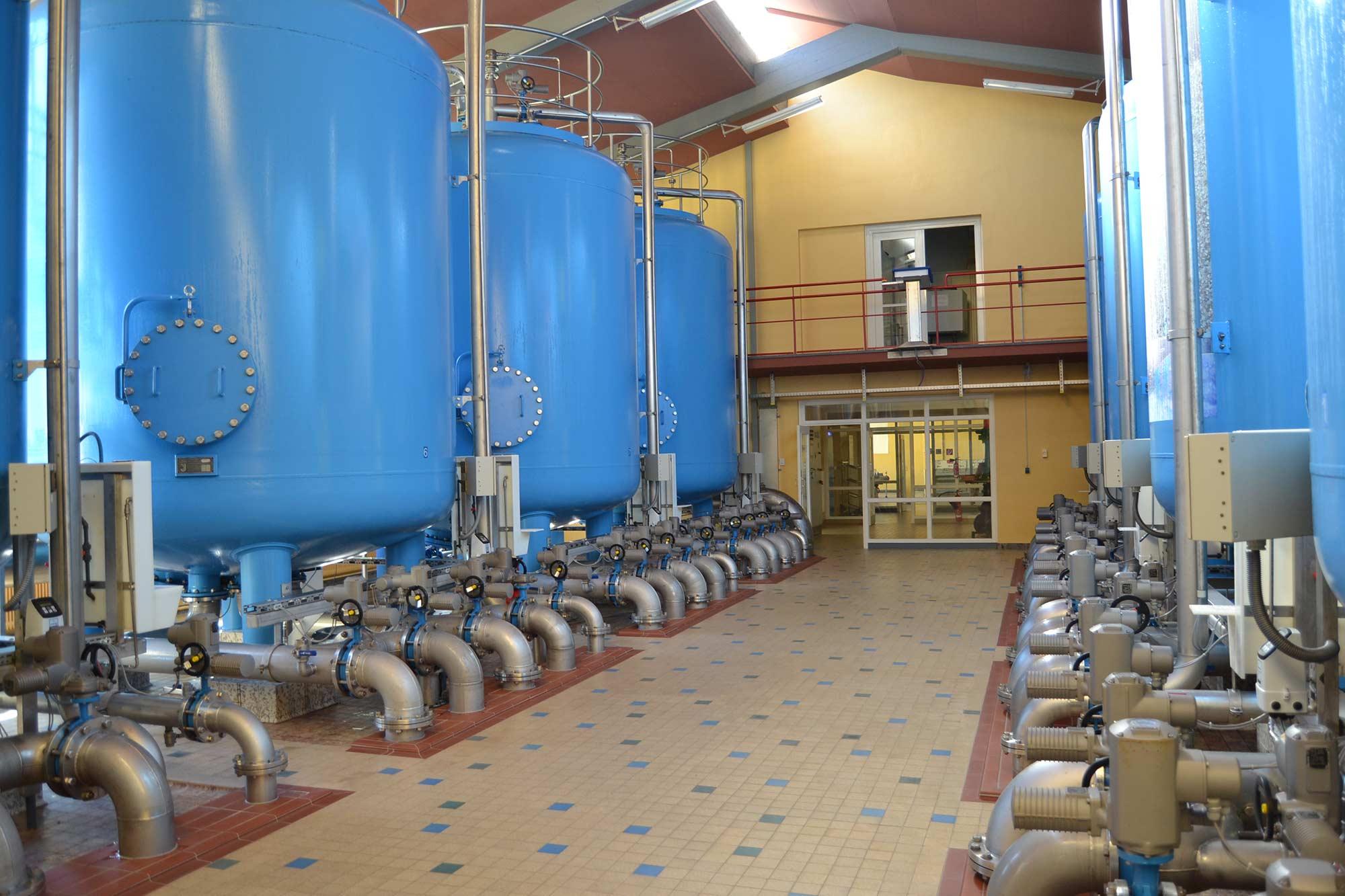 Filterhalle mit diversen Filterstufen